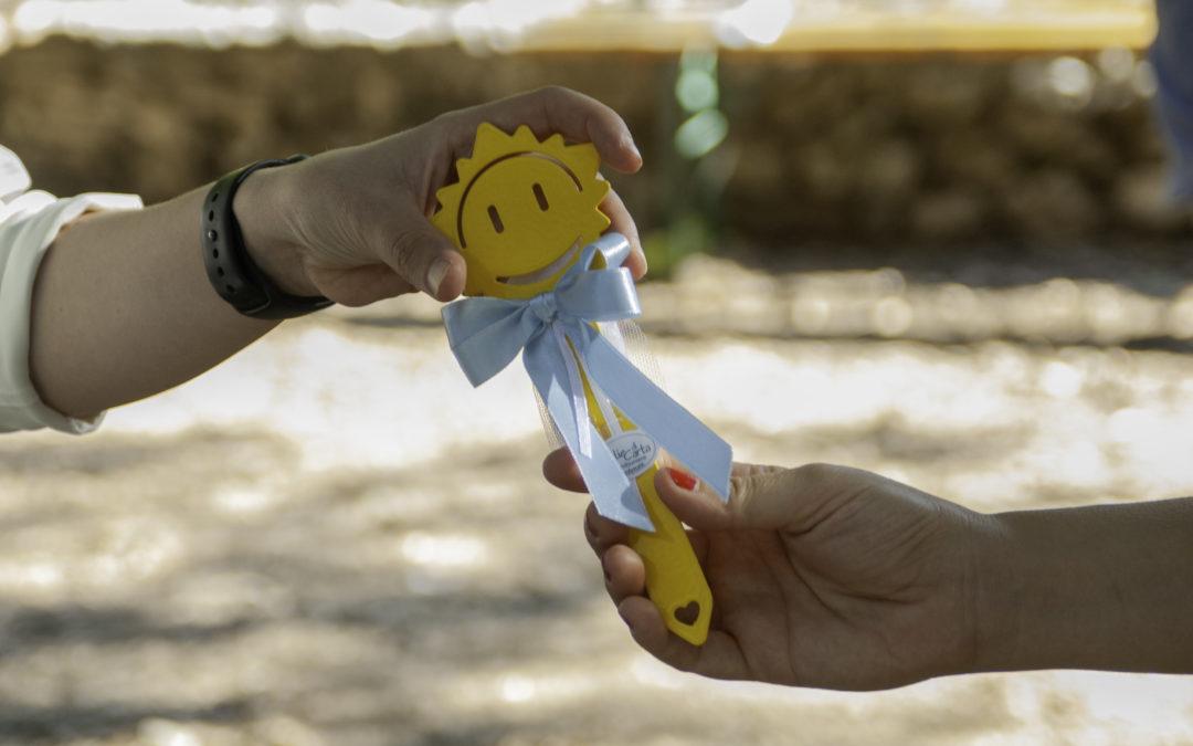 Segnalibri a forma di sole: bomboniera personalizzata!
